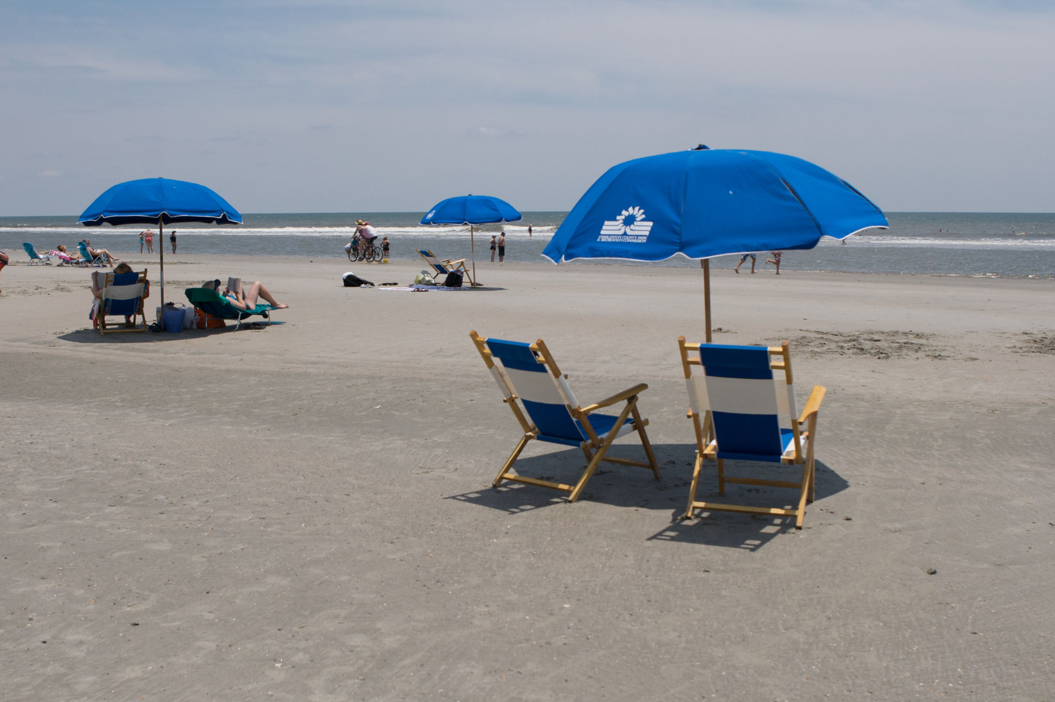 Beach chair & umbrellas rentals are available seasonally at all 3 beach parks.