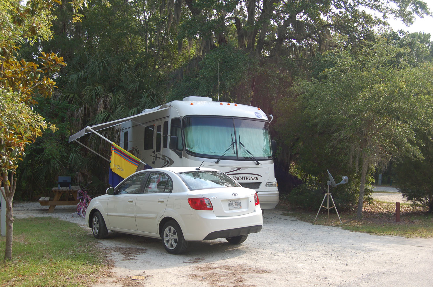 Image of campsite #13 at James Island County Park