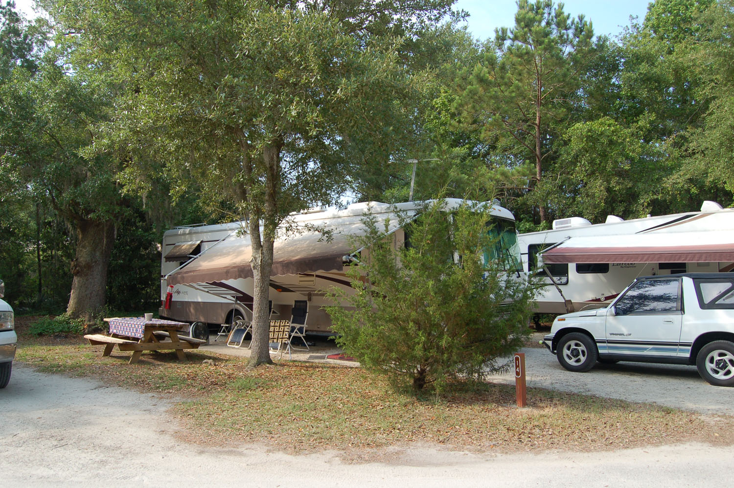 Image of campsite #14 at James Island County Park